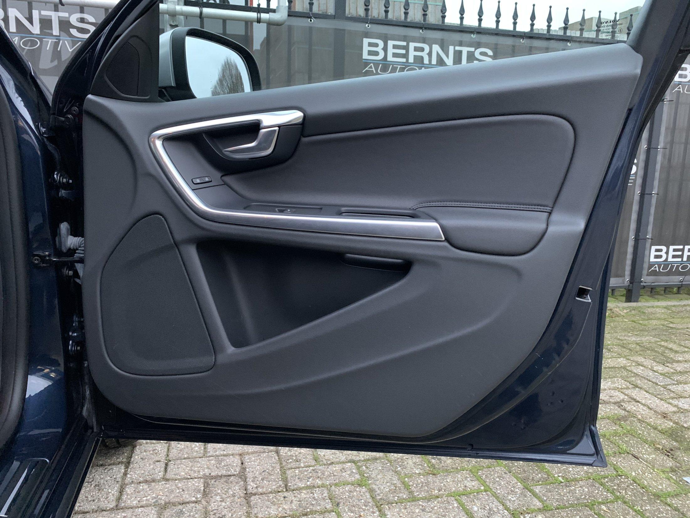 Volvo V60 T3 Momentum (21)