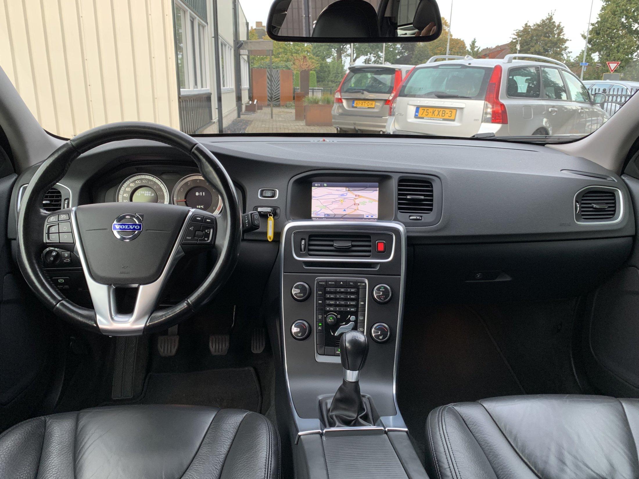 Volvo V60 T3 Momentum (44)