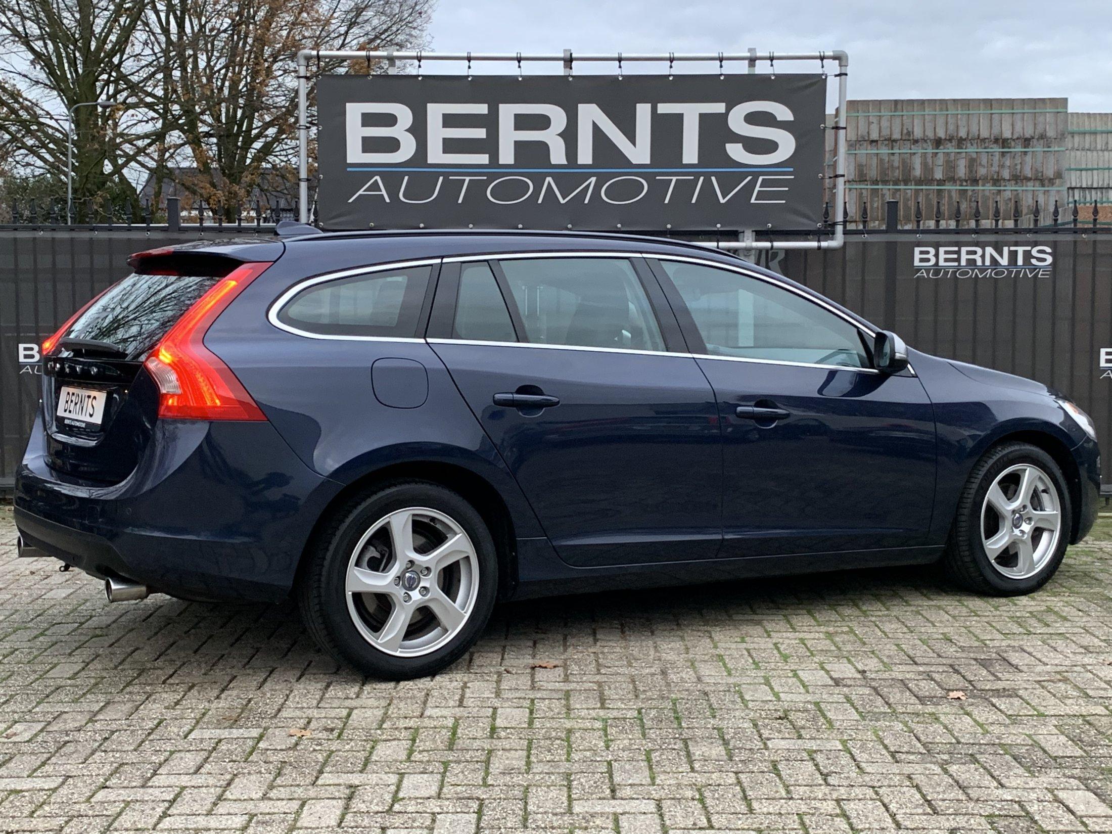 Volvo V60 T3 Momentum (9)