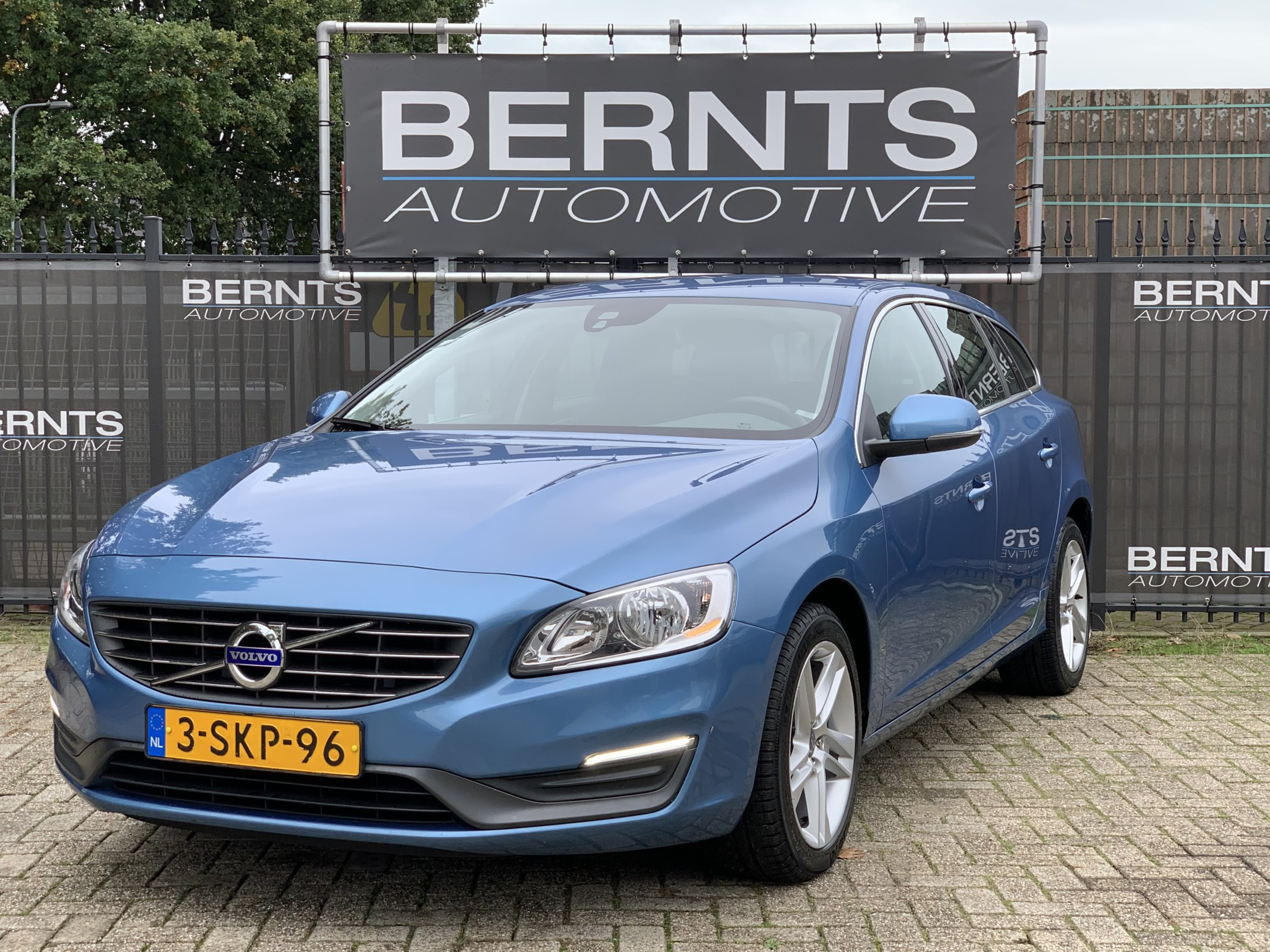 Volvo V60 T3 Momentum Automaat (2)