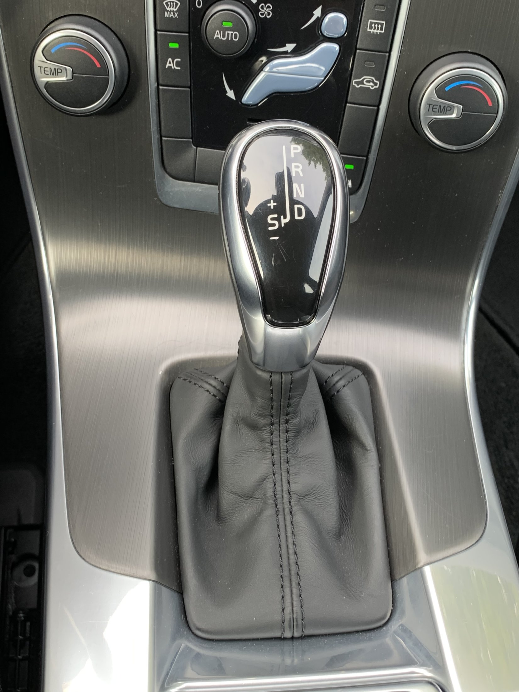 Volvo V60 T3 Momentum Automaat (35)
