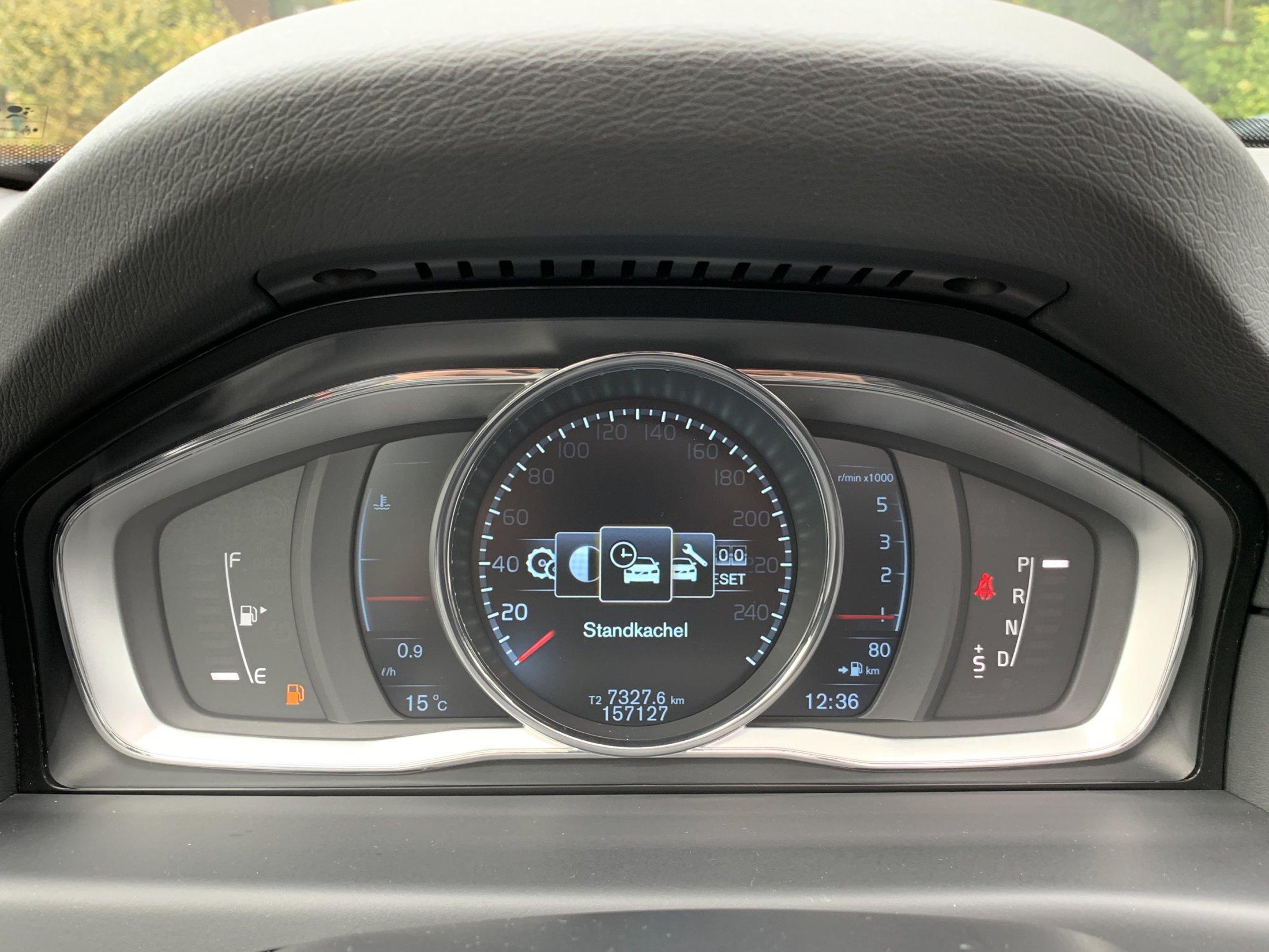 Volvo V70 D2 Momentum Automaat (32)