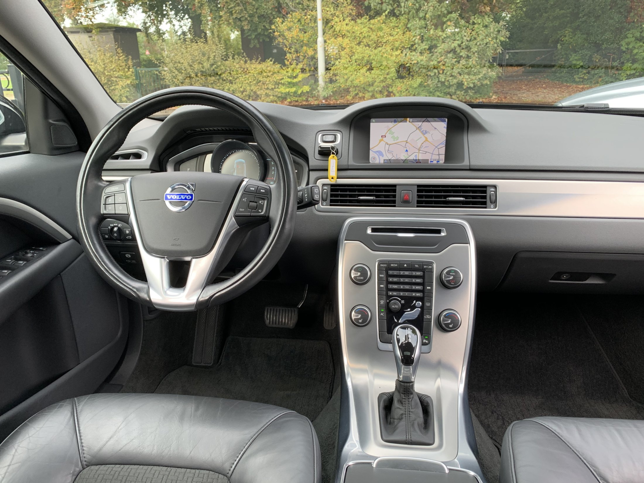 Volvo V70 D2 Momentum Automaat (49)