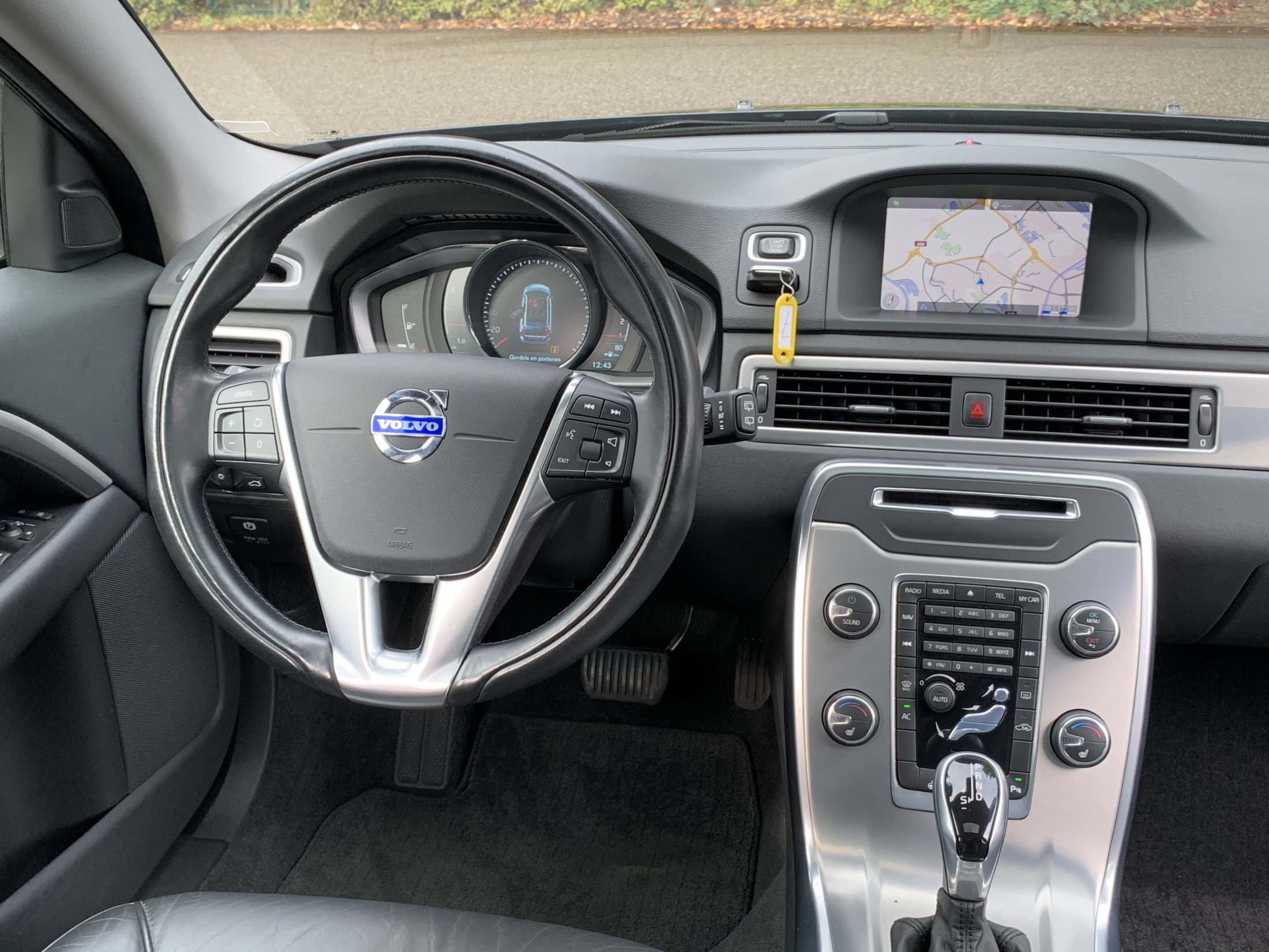 Volvo V70 D2 Momentum Automaat (50)