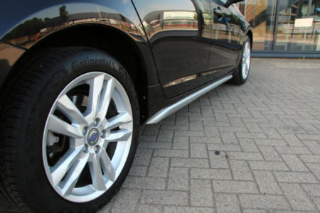 Volvo V60 Momentum 21-XJJ-5 (16)