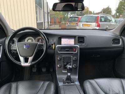 Volvo V60 T3 Momentum (43)