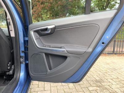 Volvo V60 T3 Momentum Automaat (25)