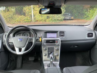 Volvo V60 T3 Momentum Automaat (40)